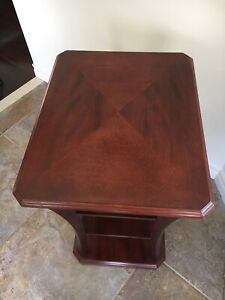 Bombay Company 4 Tiered Wood Side End Table - Cherry Color