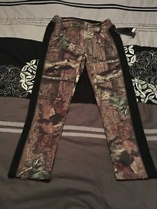 Women's Under Armour hunting tights