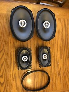 "Infinity Reference Speakers and 8"" Bazooka Tube Subwoofer"