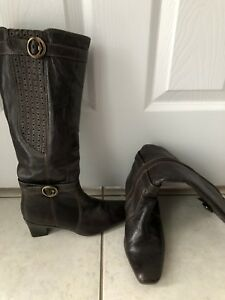 Dressy brown boots