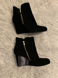 43b3c7a80d4 Moving Sale- NEW SAKS FITH AVENUE Wedge Boots Size 10 US  20