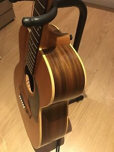 Maton EBG808L Electric Acoustic Guitar Currans Hill Camden Area Preview