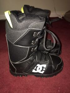 DC Phase Snowboard Boots Size 9 Men's
