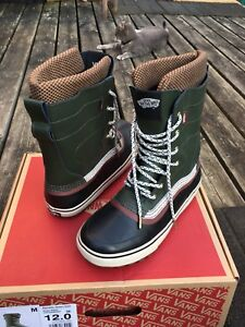 Vans winter boots mens 11, 11.5, 12 better than Sorel