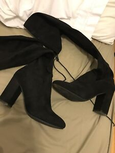 Steve Madden Thigh High suede boots size 9