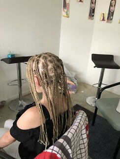 Hairdresser Box Braids Cornrows Crochets Fixing And Many More
