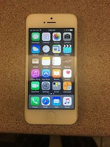 Iphone 5 16 g like new. Also iphone 4s like new