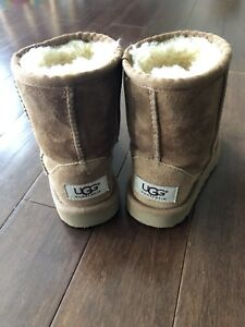 Toddler size 8 Ugg boots