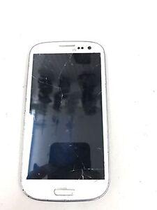 Réparation vitre cellulaire, cellular screen repair shop