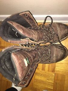 Selling men and women work boots!