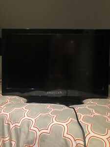 Proscan 32' TV w/ built in DVD player