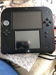 Nintendo 2DS with 2 games - Great Condition!