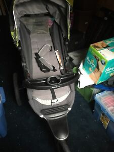 Stroller car seat and vehicle base