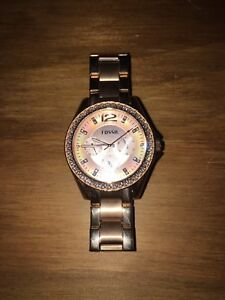 3 month old Rose gold Fossil Watch