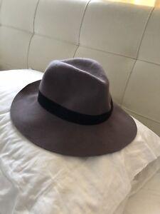 435074b7f4c felt hat in Western Australia