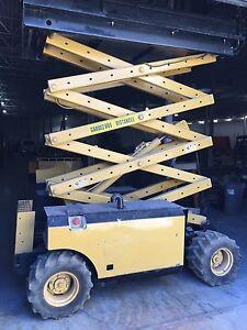 Scissor Lift Genie 2000