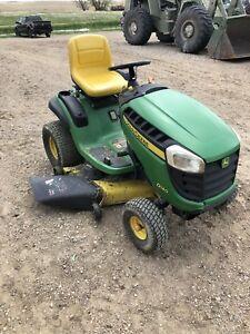 John Deere D140 lawnmower