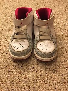 Toddler girl JORDANS pink and white