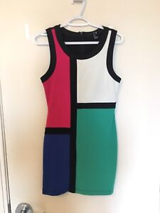 FOREVER 21 DRESS size small