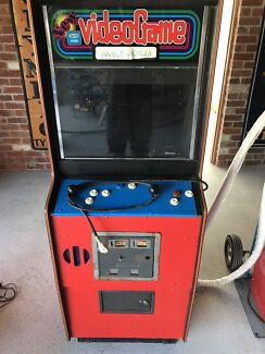 Arcade machine double dragon in great working condition
