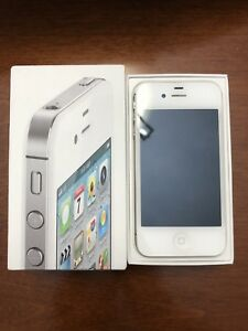 iPhone 4S (LIKE NEW CONDITION)