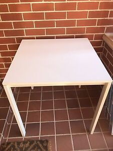Free table St Ives Chase Ku-ring-gai Area Preview