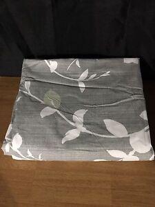 King Size 3-Pc Reversible Duvet Cover Set - Brand New