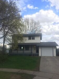 House for rent in St. Albert