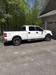 BEST OFFER OR TRADE. CREW CAB 4X4!!!!