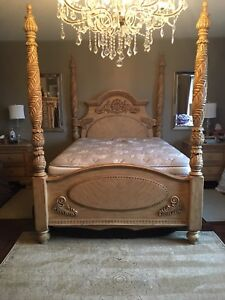 4 Post Queen bed and mattress