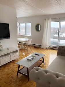 3 1/2 apartment Dorval, West Island! Heating/appliances included