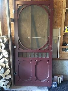 Wood screen door with hardware