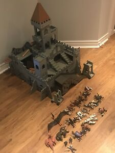 Wood Castle and Knights