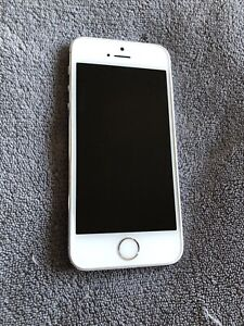 Unlocked iPhone 5s Silver 16gb