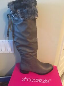 Size 8 Grey women's boots