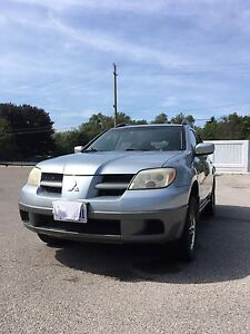 2006 Mitsubishi Outlander LS Manual transmission with hitch