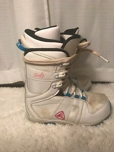 Firefly snowboard boots