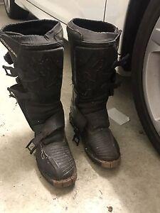 Fox tracker size 6 motorbike boots Belmont Belmont Area Preview