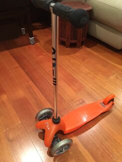 Mini Micro Scooter AS NEW