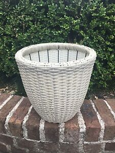White Plastic Cane Pot Bomaderry Nowra-Bomaderry Preview