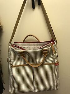 Skip hop diaper bag * brand new condition (used as a spare)