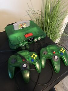 Jungle Green N64, Games and Controllers