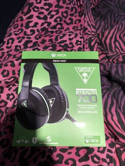 Turtle beach stealth 700 wireless headset  Brookfield Melton Area Preview