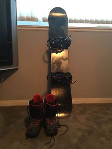 Snowboard and size 10 boots