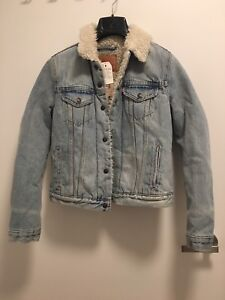 Levi's fitted shearling trucker jacket