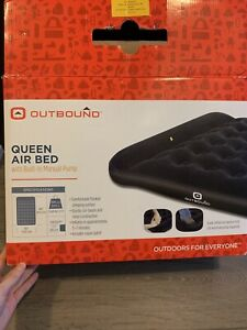 Outbound queen air bed with manual pump