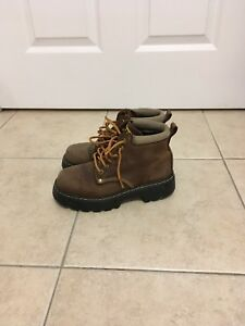 Roots Boots - Size 6.
