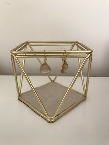Umbra jewellery stand- gold