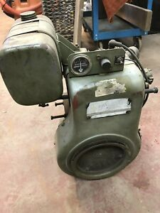Wisconsin 14 HP Small Engine