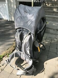 Child carrier / hiking backpack